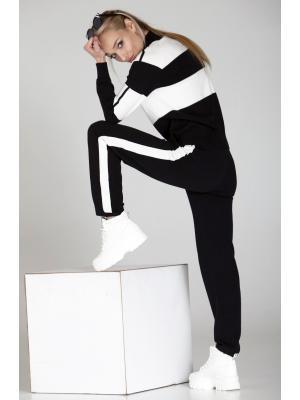 Женский костюм (Свитер, брюки) с лампасами и контрастными полосками j2017