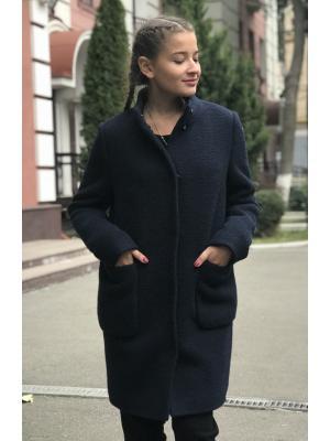 Демисезонное пальто со стойкой и накладными карманами M-530s
