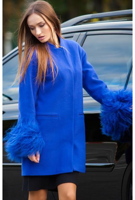 Зимнее пальто с меховой оторочкой рукавов m-733-f