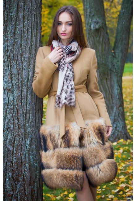 Утепленное пальто с мехом енота M731-e
