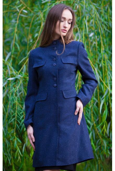 Демисезонное пальто с парными пуговицами и лацканами m744